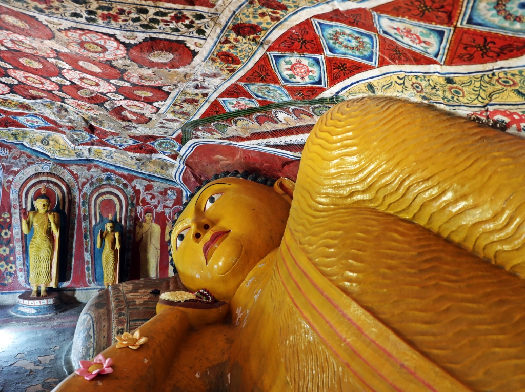 Lying Buddha inside cave, Mulkirigala Raja Maha Vihara Temple