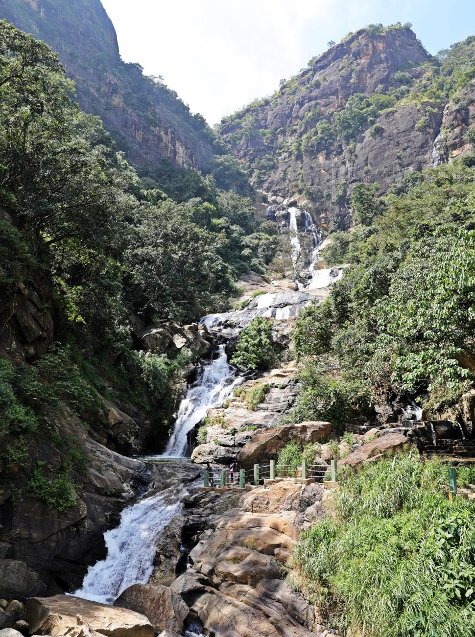 Rawana Waterfall, Ella