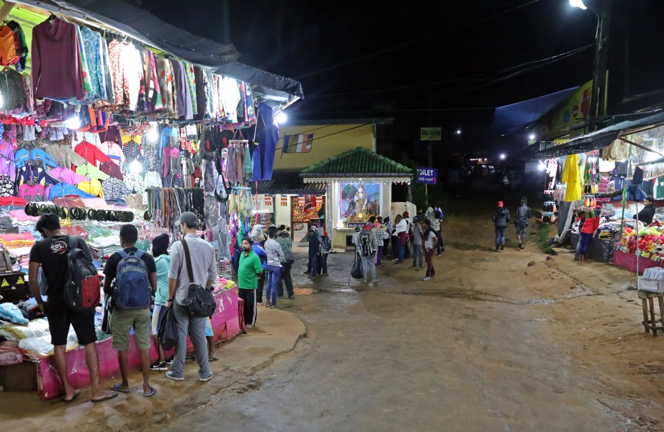 Market at 2am, Nallathaniya