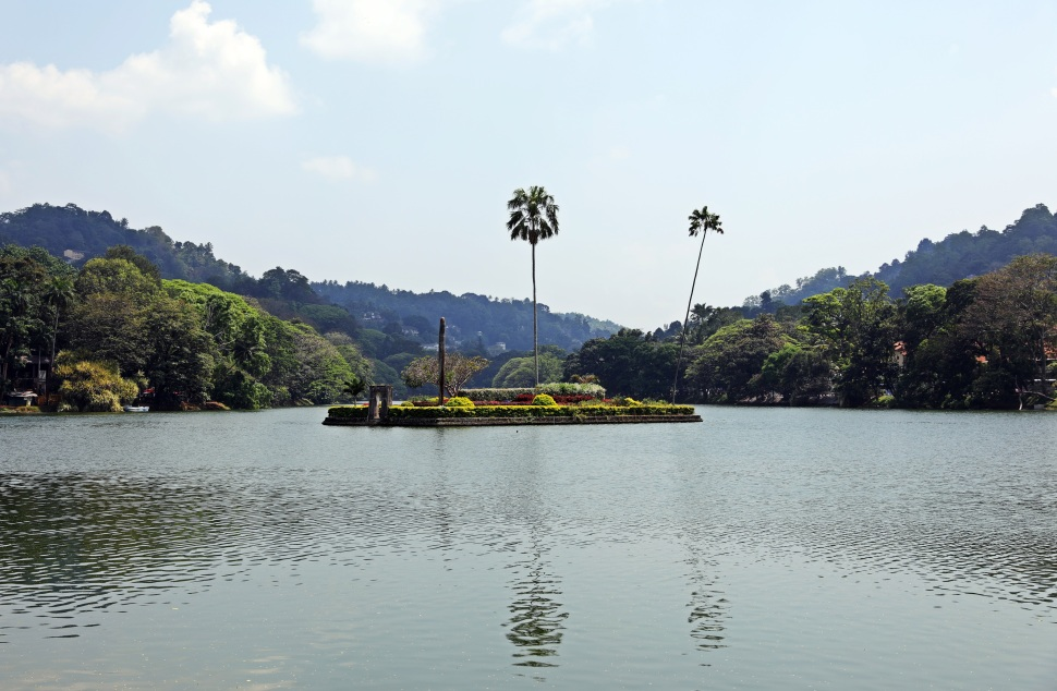 Harem Island, Kandy Lake