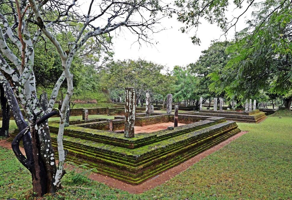 Mossy ruins, Alahana Pirivena Monetary, Polonnaruwa