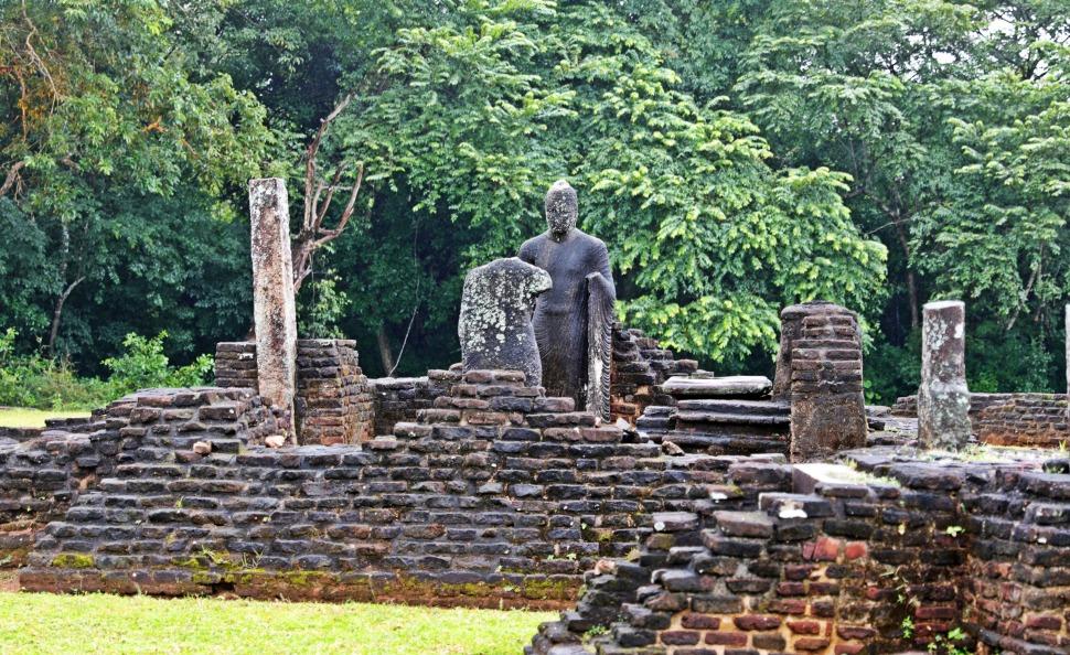 Pabula Vihara, Polonnaruwa
