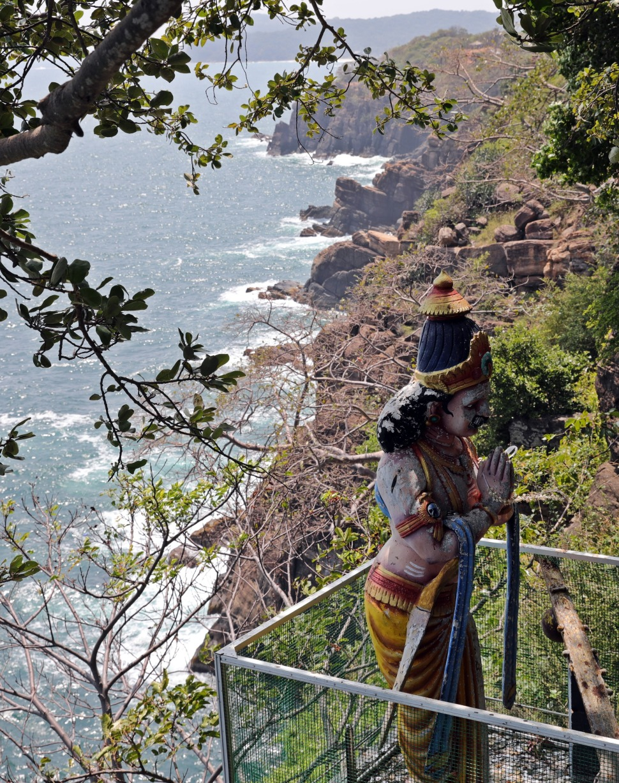 King Ravana on the side of the steep cliffs, Koneswaram Temple
