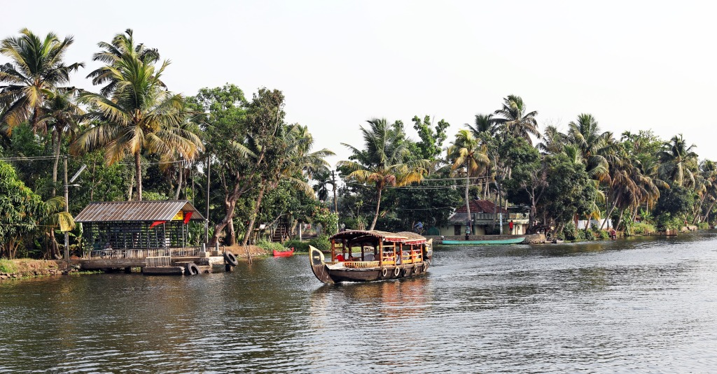 Shikara, Kerala backwaters