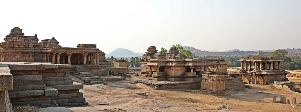 Ruins on Hemakuta Hill, Hampi