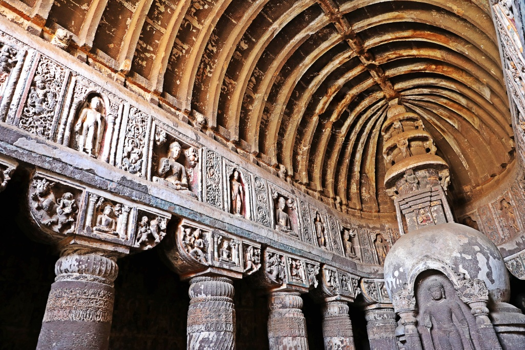 Cathedral ceilings, Ajanta
