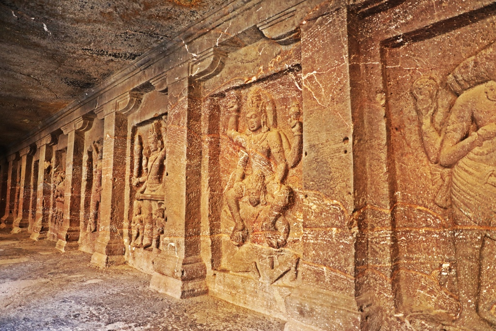 Carvings, Kailasa rock-cut temple, Ellora