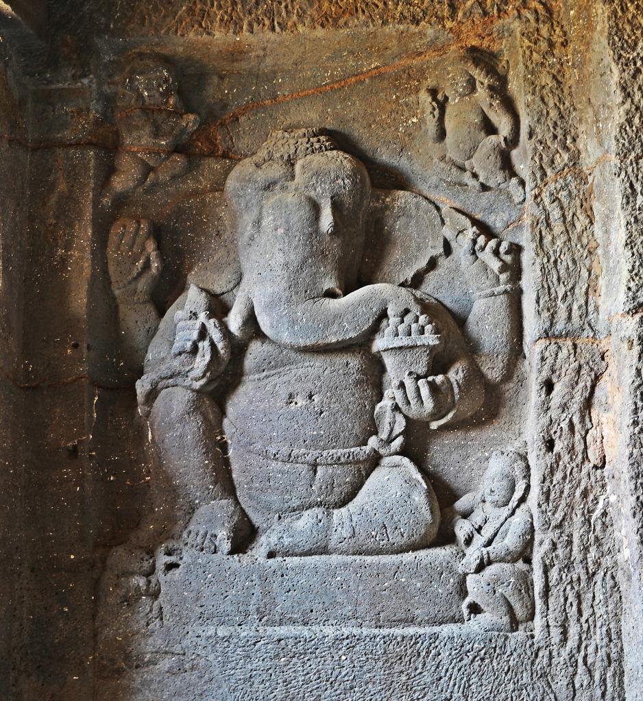Ganesh statue, Ellora
