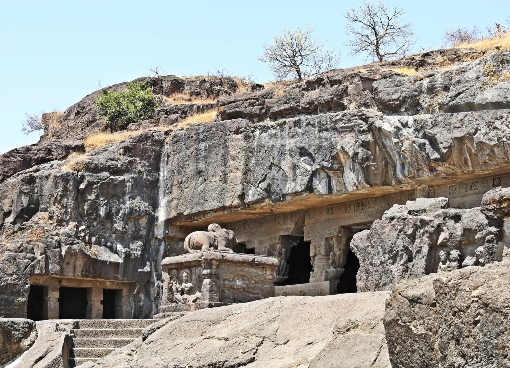 Nandi statue, Hindu rock-cut temples, Ellora