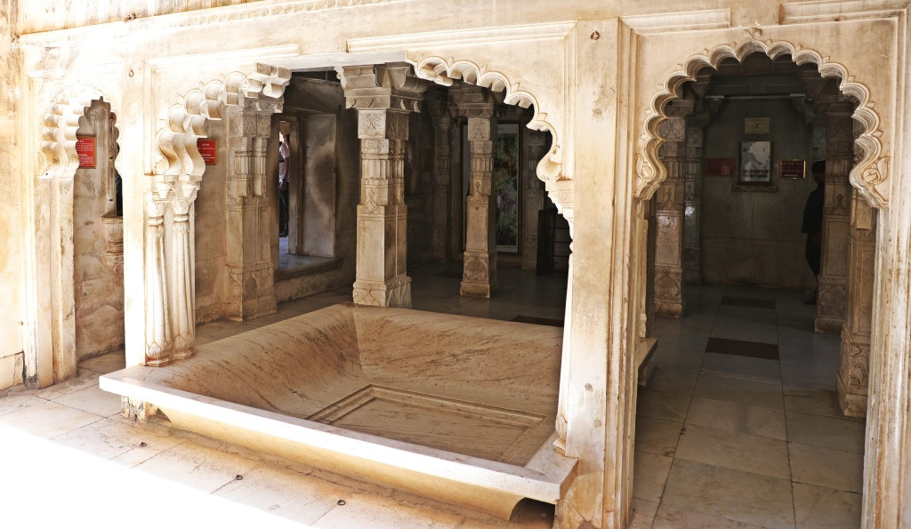 Marble archways, City Palace, Udaipur