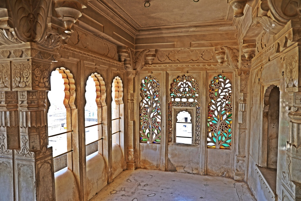 Elaborate marble carvings, City Palace, Udaipur