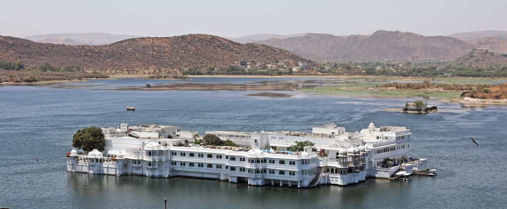 Lake Palace on Lake Pichola, Udaipur