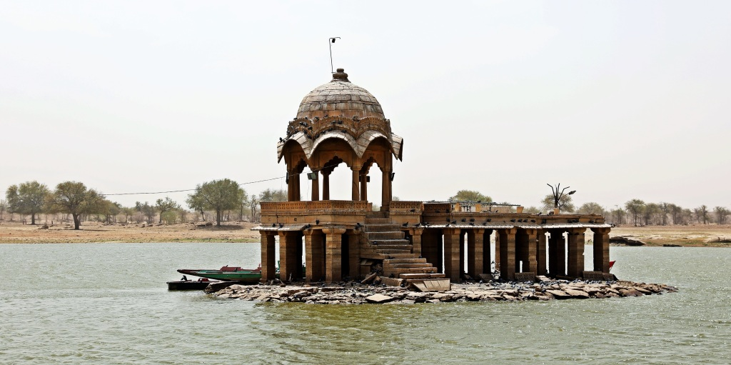 Temple, Gadisar Lake, Jaisalmer
