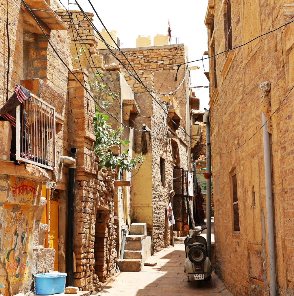 Narrow street in Jaisalmer Fort