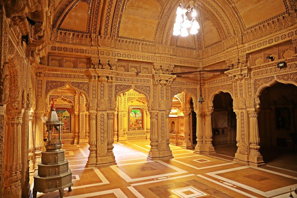 Interior, Amer Sagar Temple