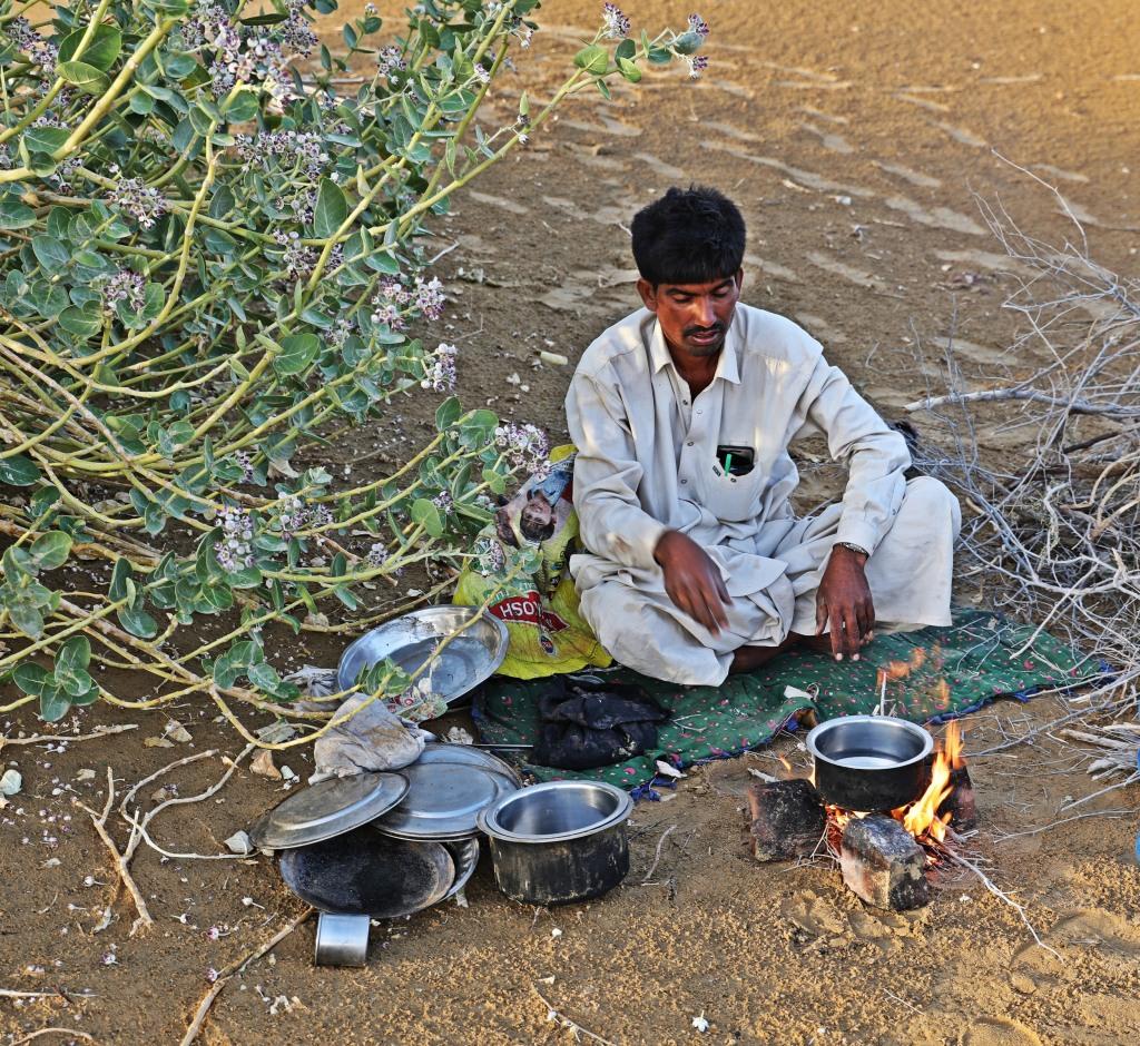 Making our dinner, Thar Desert