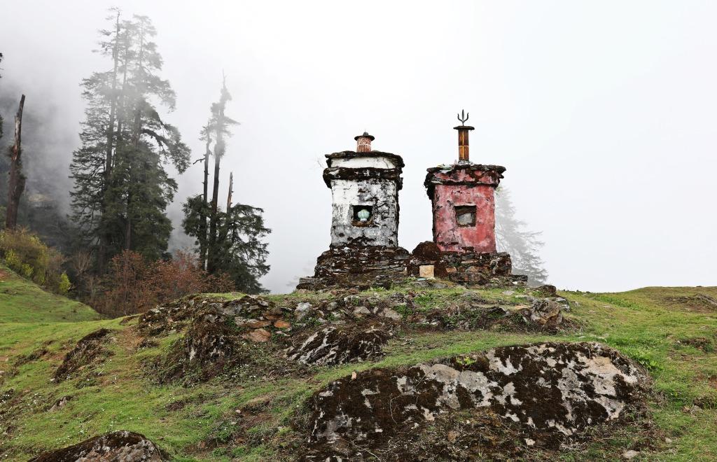 Chortens, Sachen Camp,, Goecha La Trek
