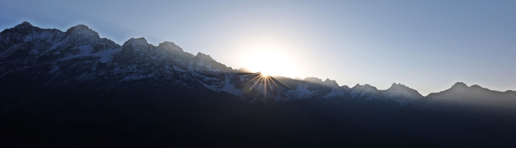 Sunrise from Dzongri Lookout, Goecha La Trek