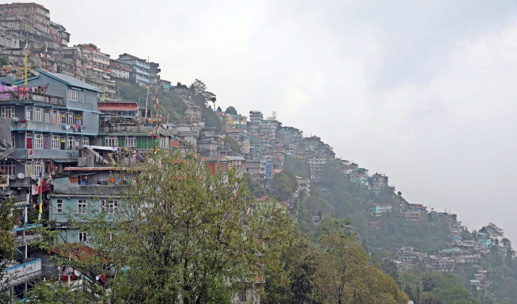 Darjeeling homes on the mountain ridge