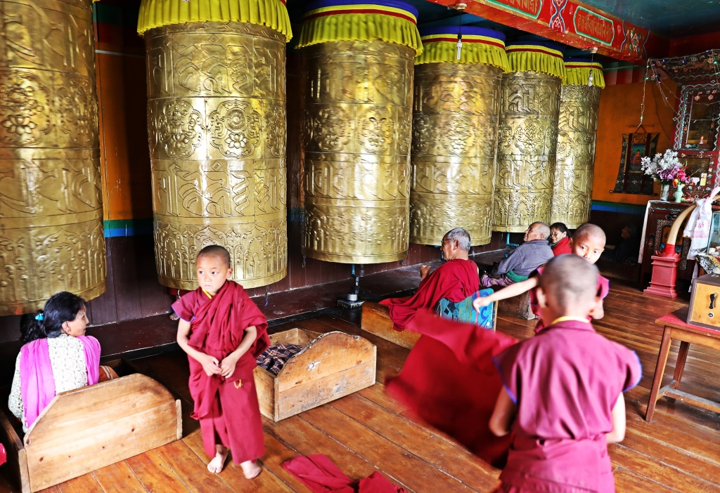 Hand operated prayer wheels, Dali Gompa, Darjeeling