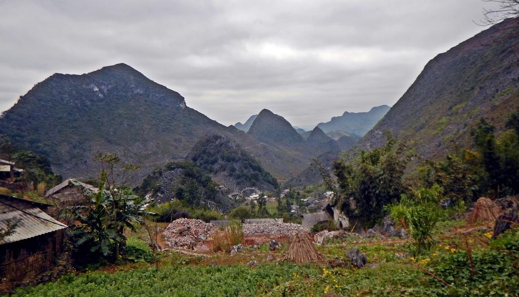 Dong Van Plateau trek
