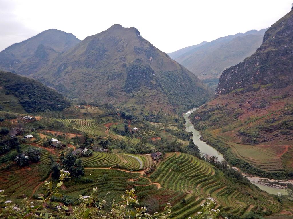 Ma Pi Leng Pass, Dong Van Plateau
