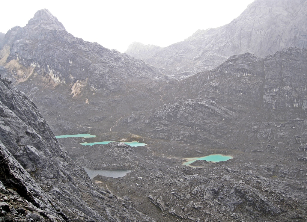 Valley of the Ten Lakes, Carstensz Pyramid