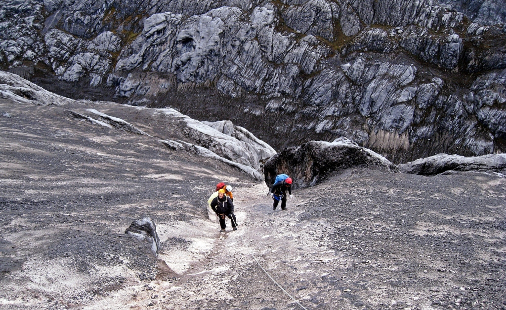 Fixed ropes, Carstensz Pyramid