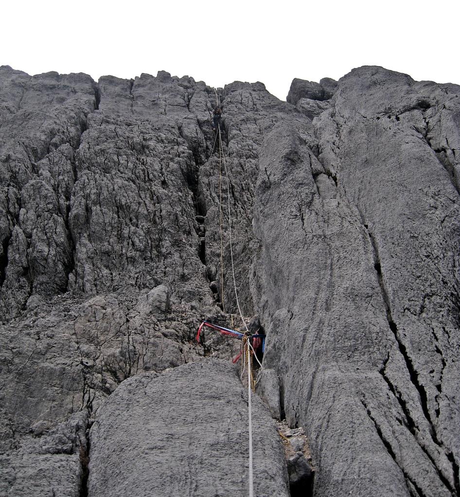 Fixed ropes, Carstensz Pyramid