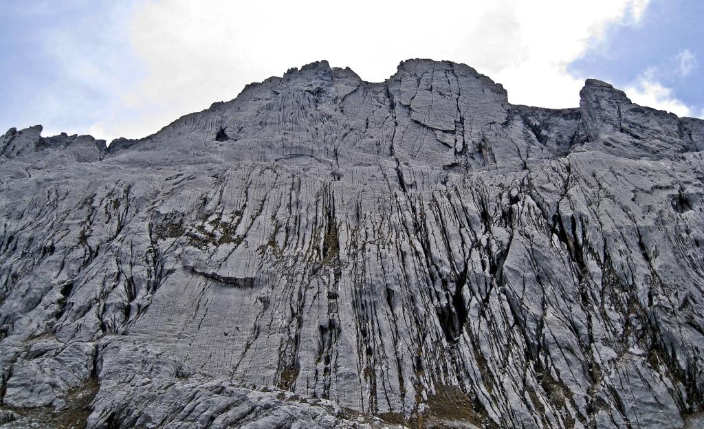 Carstensz Pyramid's imposing wall
