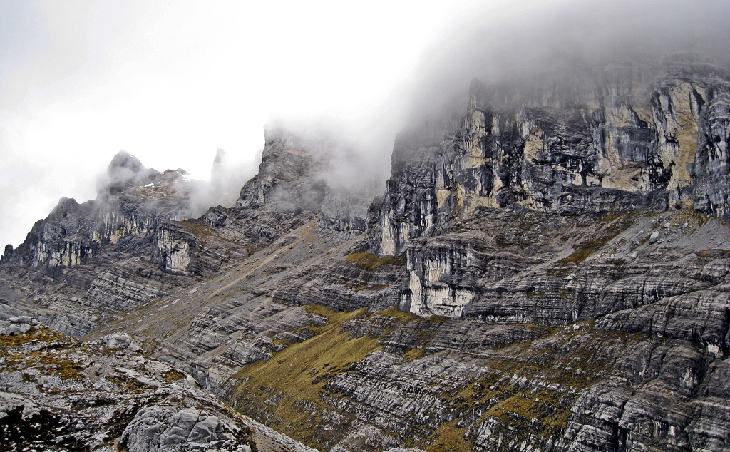 Limestone walls, Carstensz Pyramid Trek