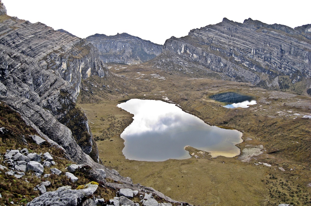 Mountain tarn, Carstensz Pyramid Trek