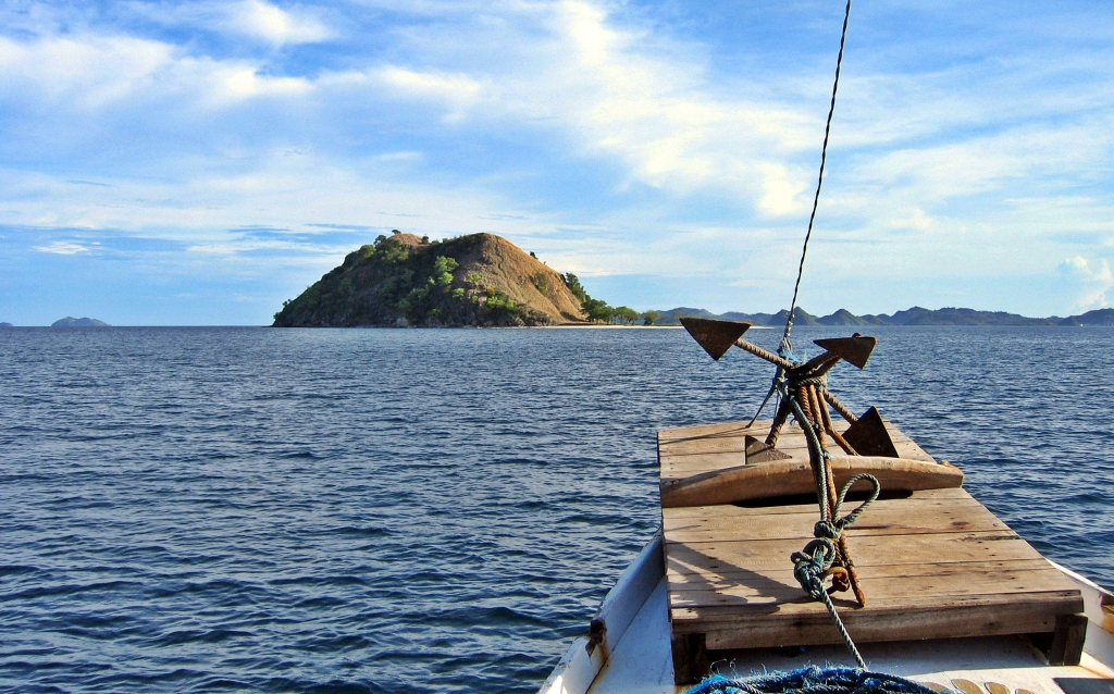 Cruise on the Flores Sea