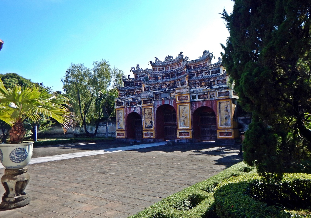Gate in the Citadel, Hue