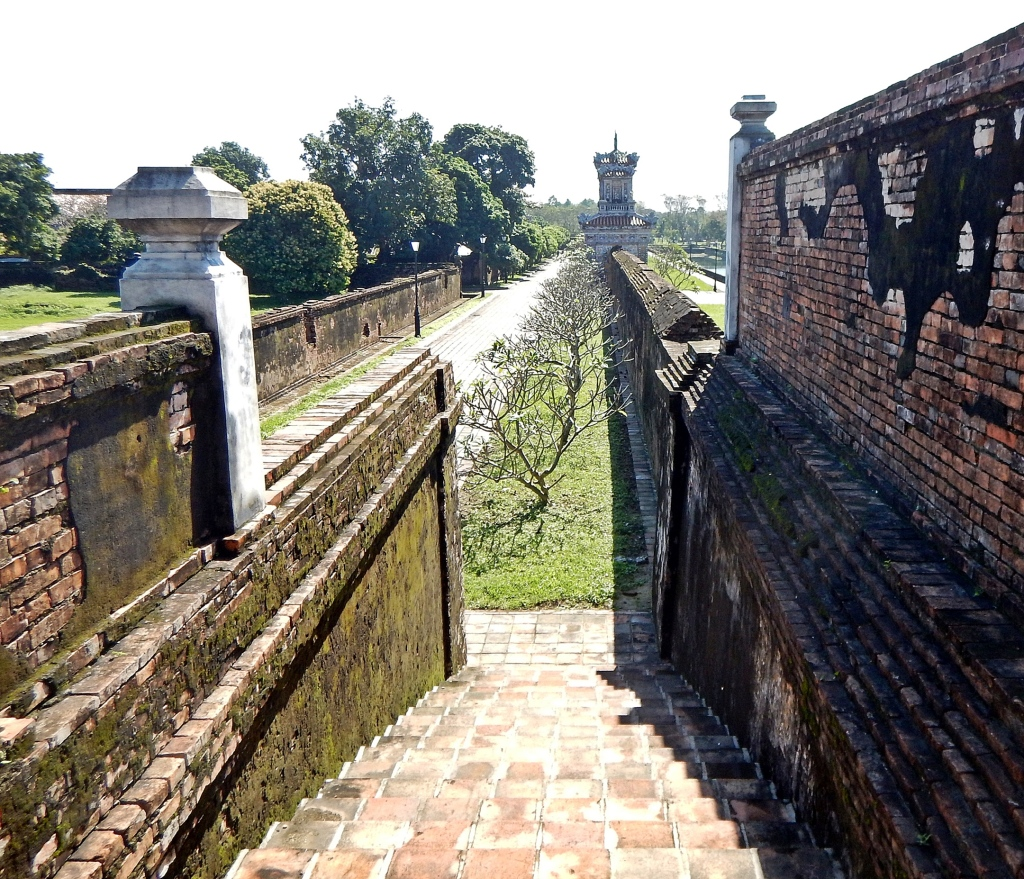 The wall, the Citadel, Hue