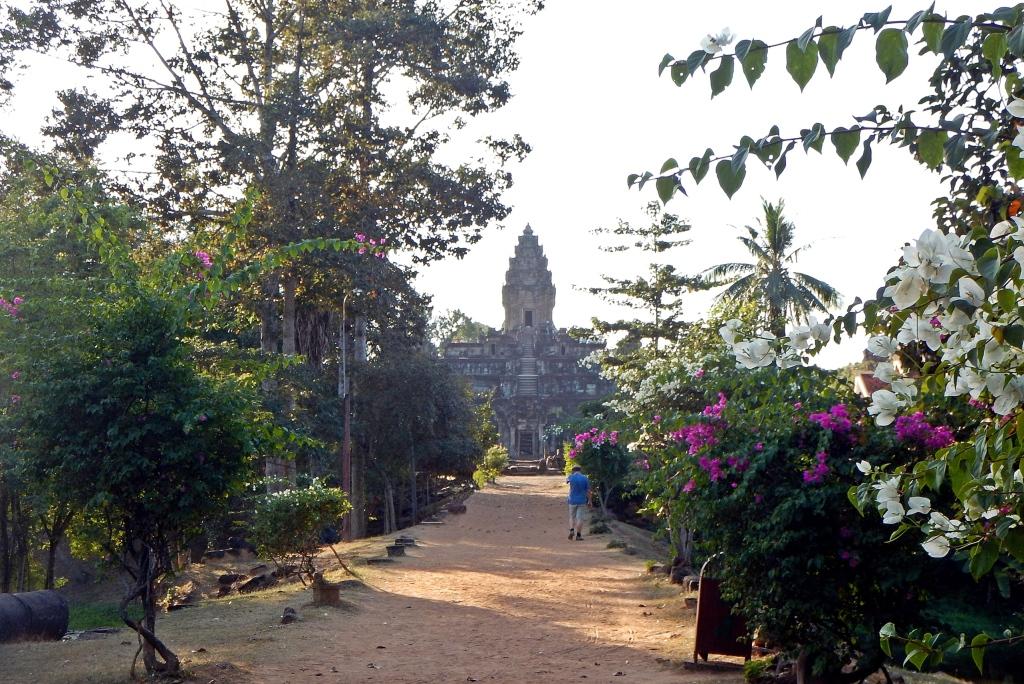 Entrance to Pre Rup, Angkor