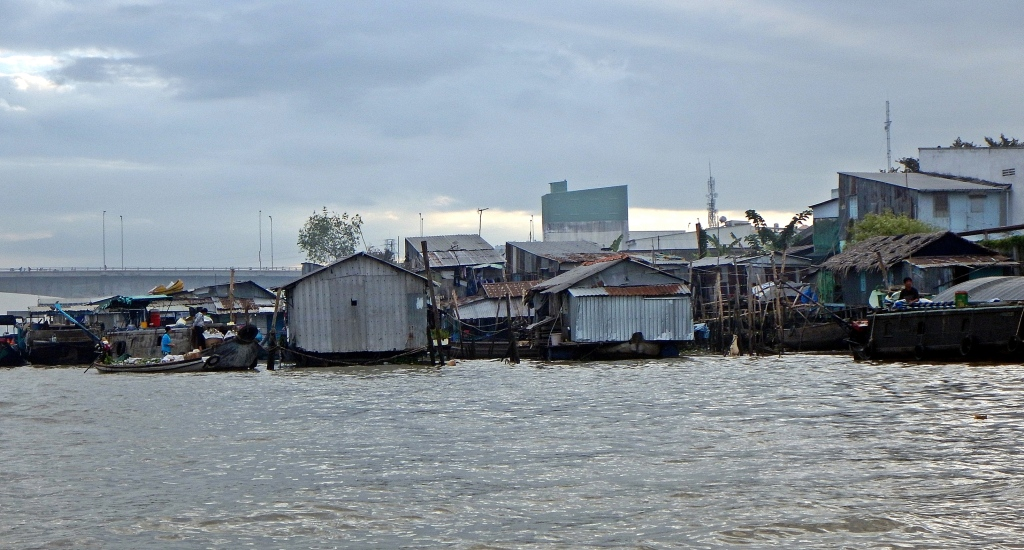 Stilt homes on the way to Cai Rang Floating Market