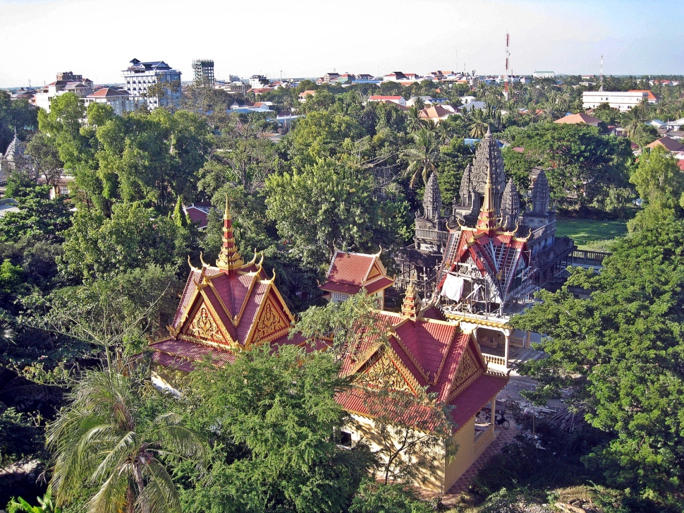 Buddhist temple and stupas, Battambang