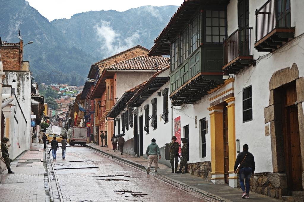 Colonial buildings, Candalaria, Bogota