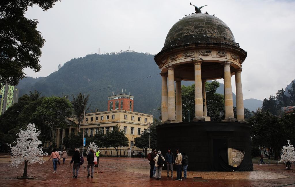 Journalist Park, Bogota
