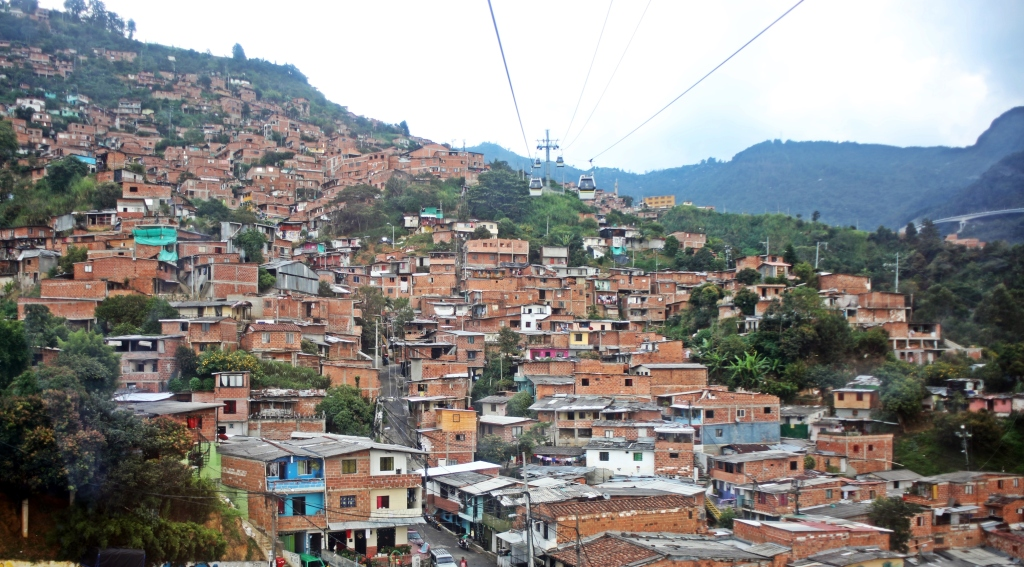 Gondola servicing La Sierra in Medellin