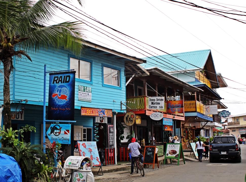 Bocas del Torto, Isla Colon
