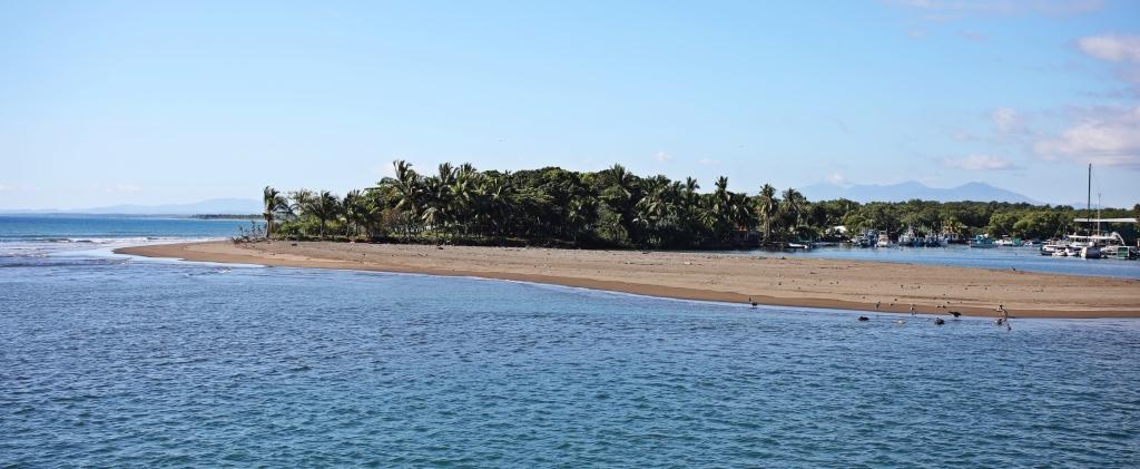 Coastline in Quepos