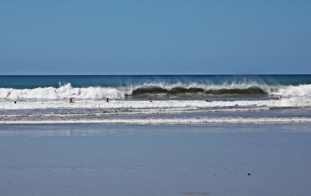 Waves, Santa Teresa Beach