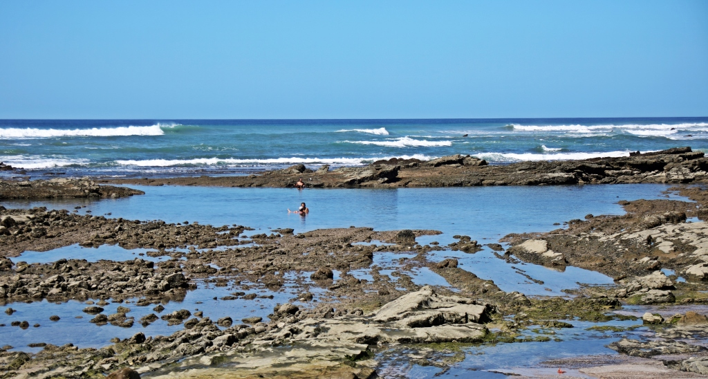 Tide pools, Santa Teresa Beach