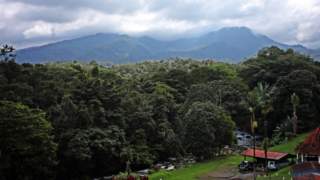 View of Volcan Arenal and mountains, La Fortuna