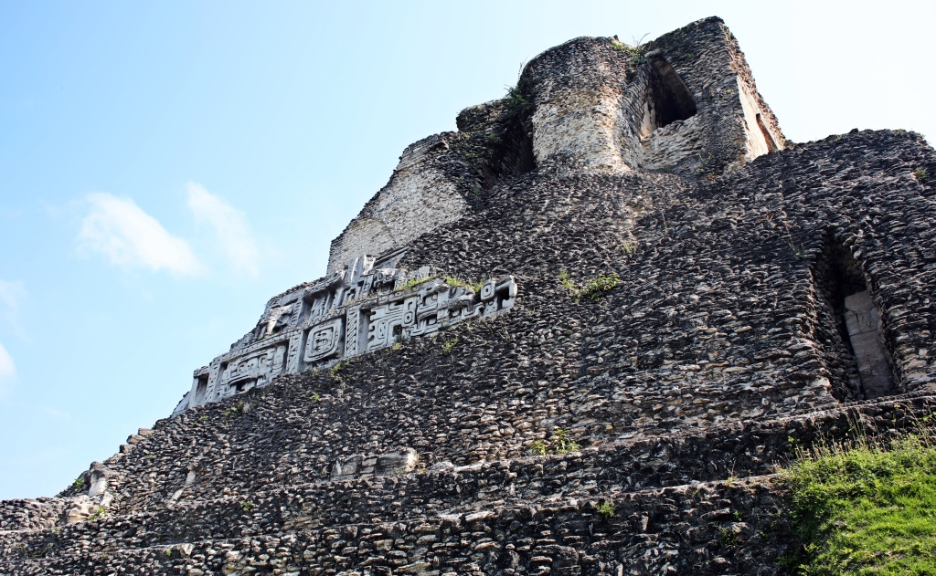 Friezes on El Castillo, Xunantunich