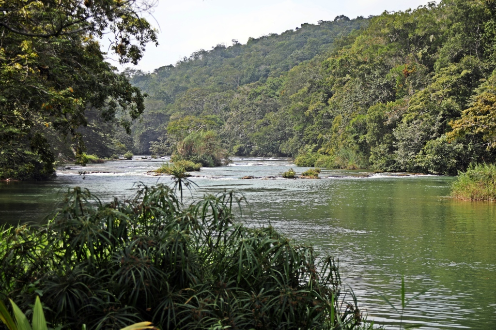 Mopan River, Xunantunich