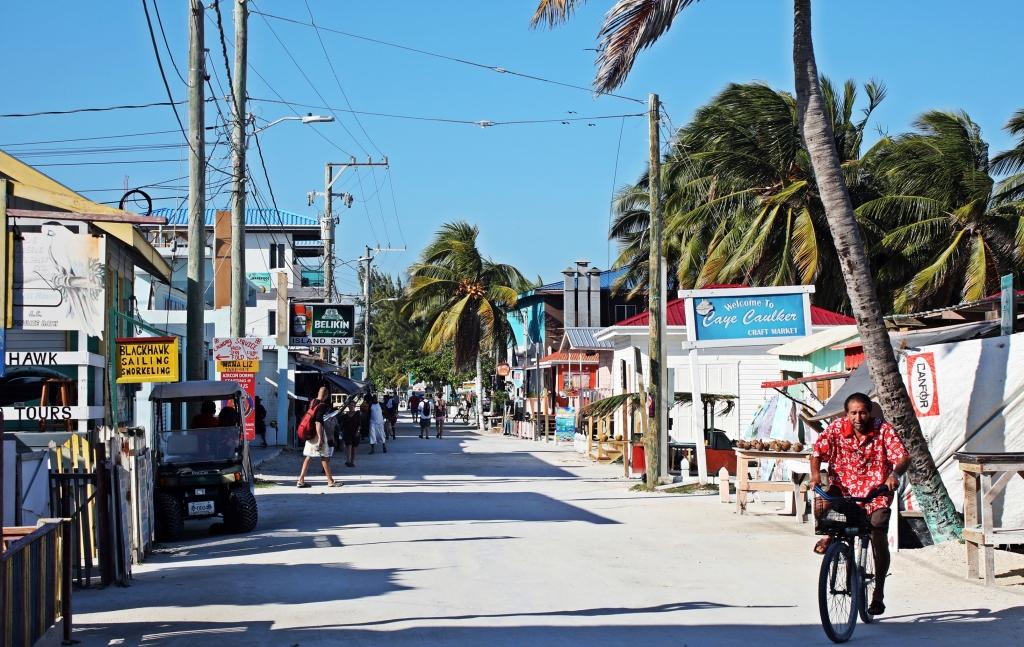 Main street, Caye Caulker
