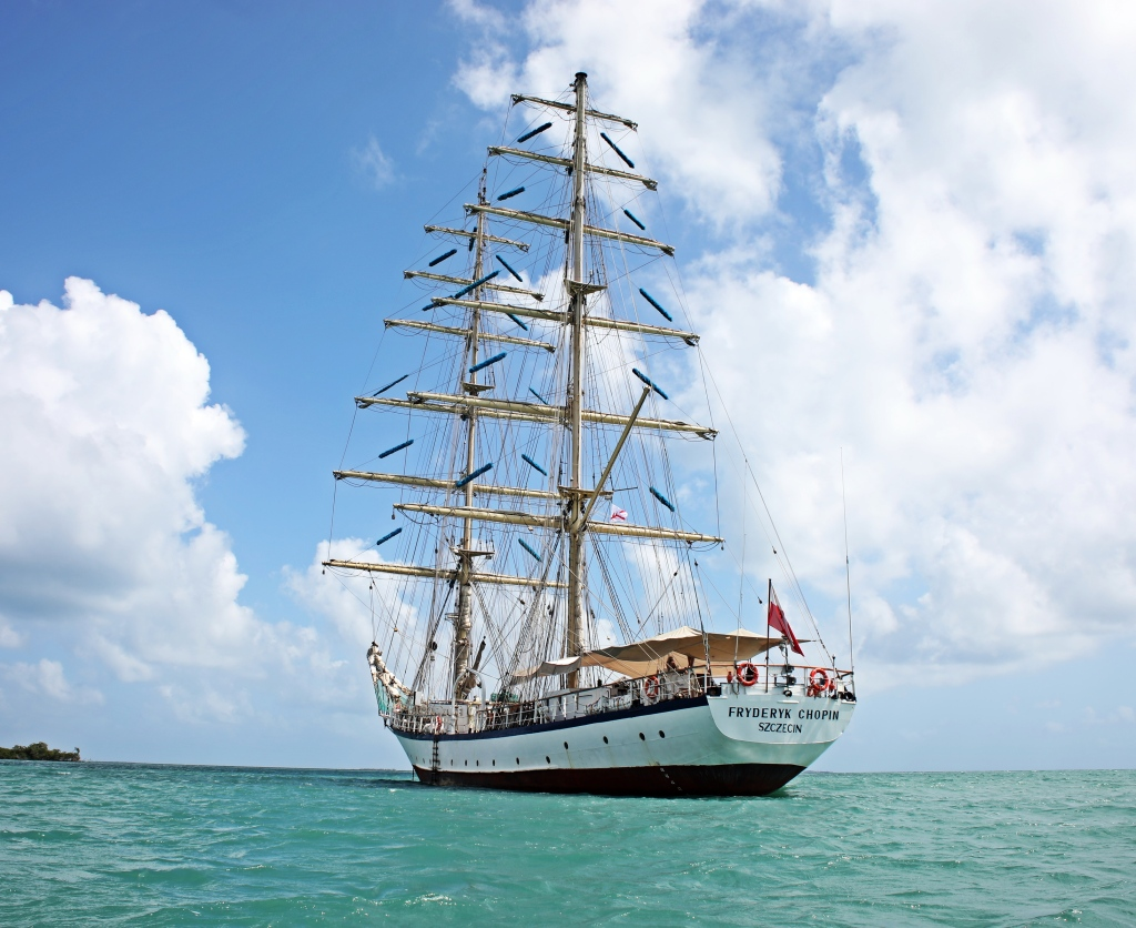 Polish Tall ship Fryderyk Chopin, Belize